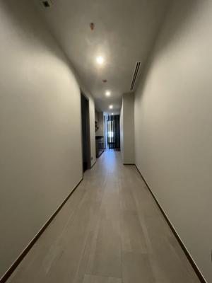 ขายคอนโดอารีย์ อนุสาวรีย์ : คอนโดติด BTS อนุสาวรีย์ 2 ห้องนอน 2 ห้องน้ำ (ทำเลหายาก)