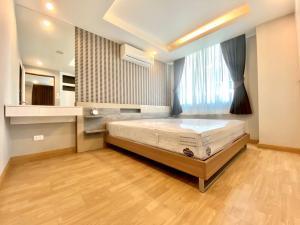 For RentCondoOnnut, Udomsuk : Condo For Sale / Rent Waterford Sukhumvit 50