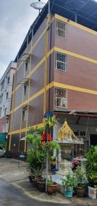For SaleBusinesses for saleVipawadee, Don Mueang, Lak Si : Sell apartment business, BTS Sai Yud, full of every room