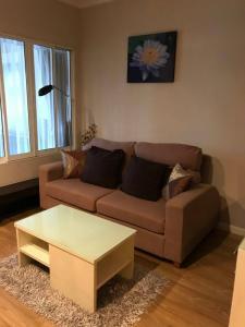 For RentCondoSukhumvit, Asoke, Thonglor : 🔥 For Rent 1 Bed + bathtub  31 Sqm.🔥 _Condo Grand Parkview Asoke_MRT : Petchaburi 600 m.