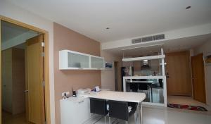 For RentCondoSathorn, Narathiwat : 💥🎉Hot deal for rent The Empire Place Sathorn [The Empire Place Sathorn] beautiful room, good price, convenient transportation, full furniture. Ready to move in immediately Make an appointment to see the room.
