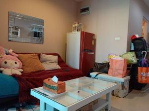 For SaleCondoThaphra, Wutthakat : M0722 Condo for sale at a price below the market price of 200,000 baht next to bts and mrt at the price of a million