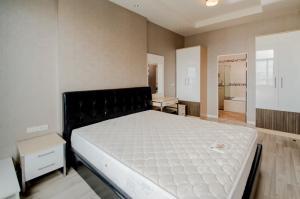For SaleCondoChiang Mai : Condo for sale My Hip Condo 2, Chiang Mai, 2 bedrooms, 2 bathrooms.