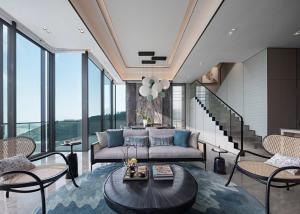 For SaleCondoPattaya, Bangsaen, Chonburi : Sale duplex luxury penthouse Sea view prime location