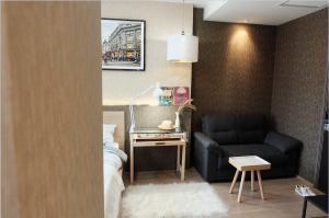 For RentCondoSiam Paragon ,Chulalongkorn,Samyan : Condo for rent Ashton Chula - Silom fully furnished (Confirm again when visit).