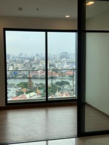Sale DownCondoWongwianyai, Charoennakor : RIVER VIEW - 1 Bedroom Condo for Sale at Suapalai Premier Charoen Nakhorn