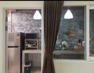ขายทาวน์เฮ้าส์/ทาวน์โฮมบางนา แบริ่ง : ss014ขาย Golden Town บางนา-กิ่งแก้ว เหมาะสำหรับพักอาศัย หรือ ทำเป็นโฮมออฟฟิศ ทำเลคุณภาพติดถนนใหญ่