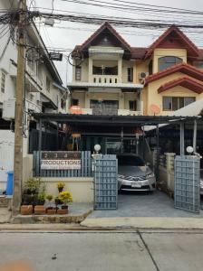 For RentTownhouseLadprao101, The Mall Bang Kapi : Cheap 3-storey townhouse for rent, Ladprao 101 Rd., Choi Pho Kaew
