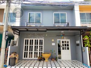 For SaleTownhouseKaset Nawamin,Ladplakao : 2 Storey Townhome for SALE, Areeya, The Color 2, Kaset-Nawamin.