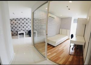 เช่าคอนโดราชเทวี พญาไท : For rent >> IDEO Verve Ratchaprarop. 2 bedroom, 22 floor.