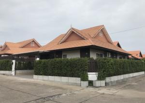 เช่าบ้านพัทยา บางแสน ชลบุรี : BH972  ให้เช่า-ขายบ้านพักตากอากาศ บ้านเดี่ยว2ชั้น  3ห้องนอน, 3.5 ห้องน้ำ Pool@The Ville หมู่บ้าน  The Ville Jomtien พัทยา สระว่ายน้ำส่วนตัว, สระว่ายน้ำระบบเกลือพร้อมระบบทำน้ำอุ่น