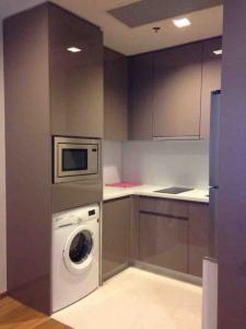 เช่าคอนโดพระราม 9 เพชรบุรีตัดใหม่ : คอนโดให้เช่า Life Asoke Rama 9  ประเภท 1 ห้องนอน 1 ห้องน้ำ ขนาด 33 ตร.ม. ชั้น 10