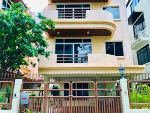 เช่าบ้านสุขุมวิท อโศก ทองหล่อ : ปล่อยเช่า บ้านเดี่ยว สุขุมวิท 31 ทาวน์โฮมใหญ่ 4 ห้องนอน 5 ห้องน้ำ ใกล้ BTS พร้อมพงษ์