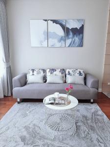 For RentCondoSukhumvit, Asoke, Thonglor : 🌟🌟 Siri Residence (Sukhumvit 24) 200 m. to BTS Phrom Phong (R21160)