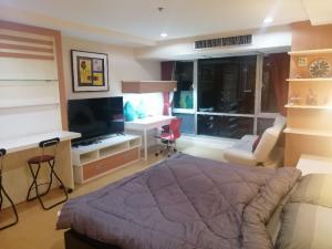 เช่าคอนโดนานา : Urgent Rent ++ Good Decor ++ Studio High Floor ++ Trendy Condo ++ Available @ 14000 🔥++ BTS Nana & MRT Sukhumvit 🚅