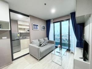 เช่าคอนโดบางนา แบริ่ง ลาซาล : 💕 ให้เช่า 2 ห้องนอน ราคาพิเศษ คอนโด Ideo O2 บางนา ห้องใหญ่ ขนาด 46 ตรม. ตกแต่งสวยพร้อมเข้าอยู่ได้เลย