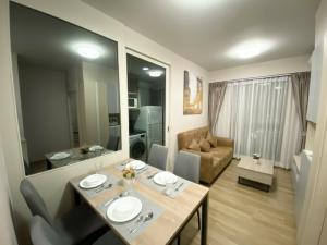 For RentCondoBangna, Lasalle, Bearing : 🎉 ให้เช่าคอนโด 2 ห้องนอน Unio Sukhumvit 72 (BTS แบริ่ง) 💥ตกแต่งพร้อมเข้าอยู่ได้เลย