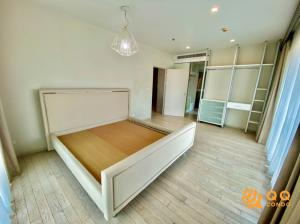 For RentCondoSukhumvit, Asoke, Thonglor : For rent  Noble Solo Thonglor  1Bed , size 71 sq.m., Beautiful room, fully furnished.