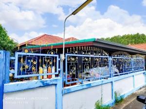 ขายบ้านพัทยา บางแสน ชลบุรี : ขายด่วน บ้านเดี่่ยว ไข่มุก 2 บ่อวิน ศรีราชา ชลบุรี พื้นที่ขนาดใหญ่ 70 ตรว. 2 ห้องนอน 1 ห้องน้ำ หลังมุม ใกล้โรบินสันบ่อวิน