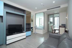 For SaleCondoWongwianyai, Charoennakor : 🔥 Urgent sale 🔥 The Room Wongwian Yai, 1 bedroom, 1 bathroom, 47 sq m, high floor, large room, fully furnished, full usable area, call 065-979-5246, postter