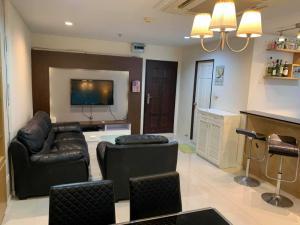 For RentCondoSukhumvit, Asoke, Thonglor : For rent ✨Sukhumvit living Town✨ 1 bedroom, size 58 sqm., Big room, good price, opposite SWU, price 18000 only, contact Nat 095-987-9669