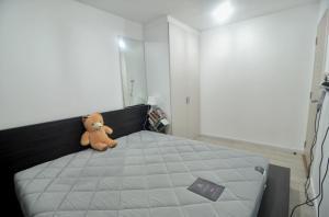 For RentCondoBangna, Lasalle, Bearing : Condo for rent Pause Sukumvit 107, Minimal style condo, quiet, private, near BTS Bearing 5 minutes