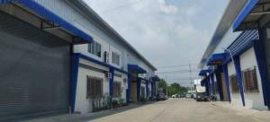 For RentWarehouseMahachai Samut Sakhon : Warehouse for rent, area 554 sq m, Bang Pla, Samut Sakhon.