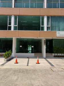 For RentHome OfficeChengwatana, Muangthong : New home office for rent, Muang Thong Thani area Along the canal, Prime Biz Home project, near the Si Rat expressway. Near Srirat BTS station, rent 45,000 baht / month