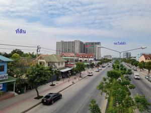 For SaleLandVipawadee, Don Mueang, Lak Si : Land for sale on the main road, Theprak, 576 sq.wa.