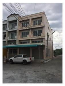 For RentShophouseNakhon Pathom, Phutthamonthon, Salaya : CBR186 Rent a commercial building, 2 booths, 3 floors, behind the corner of Salaya Road, Nakhon Pathom, near the Kirin Market 30,000 baht / month