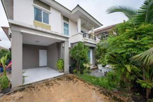 For SaleHouseSamrong, Samut Prakan : Quick sale, single house, village project Pruksa The Gallery Sukhumvit - Praksa (new built-in)