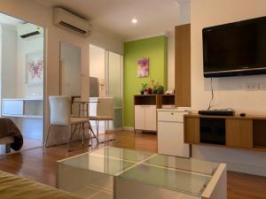 For RentCondoRama9, RCA, Petchaburi : Condo for rent in the heart of the city, LPN Place Ratchada-Rama 9 (Lumpini Place Ratchada-Rama 9)