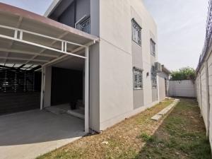 For SaleTownhouseRama 2, Bang Khun Thian : Townhome for sale [behind the corner] [area of 38.8 square meters] Habitown Village (Sansiri) Tha Kham - Rama 2