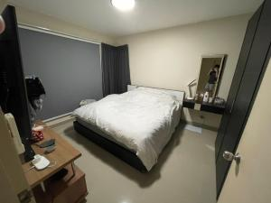 For SaleCondoOnnut, Udomsuk : Condo for sale, s & s, room size 60.25 sqm, very private corner room, sell only 3.8 minus 2 bedrooms, 1 bathroom, 12th floor, building G