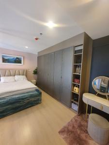 For RentCondoOnnut, Udomsuk : Condo for rent, Rhythm Sukhumvit 44/1, Duplex room, beautiful room, fully furnished.
