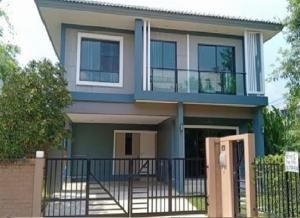 For RentHousePattanakan, Srinakarin : For Rent 2-storey house for rent, The Plant Exclusive Project, Soi Pattanakarn 38, very beautiful house, 4 air conditioners, full furniture. Only inhabited