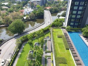 For RentCondoOnnut, Udomsuk : 2bed 2bath, pool view, canal view, beautiful room, new decoration, Best unit !! Rare item !!