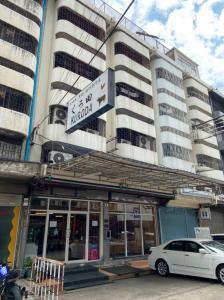 For RentShophouseSukhumvit, Asoke, Thonglor : Shop House / Commercial building for rent, Sukhumvit, Ekamai, near BTS.