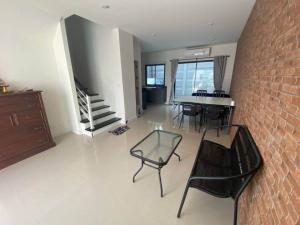 For RentTownhouseRamkhamhaeng, Hua Mak : NA-H5034 New house for rent. Patio Project Srinakarin - Rama 9