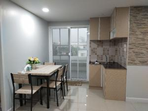 For SaleCondoLadprao 48, Chokchai 4, Ladprao 71 : 2 bedrooms, 1 living room + large balcony. Area 85 sq m. Fully furnished. SB. Ready for sale 37,600 .- / sqm Soi Ladprao 71, away from Ramindra Expressway. / BTS station only 500 meters, surrounded by Central Department Store, CDC, Lotus, Home Pro Bodin 3