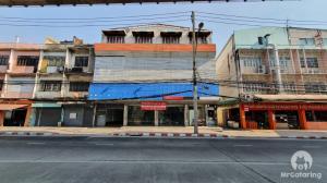 ขายตึกแถว อาคารพาณิชย์ปิ่นเกล้า จรัญสนิทวงศ์ : 🔥 🔥ขายด่วน ที่ดินติดถนน แถมตึก 4 ชั้น 4 คูหาติดกัน ที่ดิน 240 ตารางวา หน้าถนนจรัญสนิทวงศ์ ติดรถไฟฟ้า MRT บางยี่ขัน ใกล้แยกปิ่นเกล้า ทำเลทอง เจ้าของขายเอง ขายถูกกว่าราคาประเมิน สามารติดป้ายโฆษณาได้ที่ดาดฟ้า