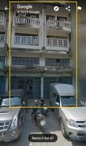 For RentShophouseRama 2, Bang Khun Thian : BH974 for rent, commercial building, 2 booths, 3 floors, spacious living space, inside, hit through each other to do business in Bang Khun Thian District Rental fee is 26,000 baht. Contact: Khun Bua 0936464597, 0826914598 Line: Bua093 - 2 units of space.