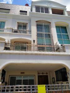 เช่าทาวน์เฮ้าส์/ทาวน์โฮมพระราม 3 สาธุประดิษฐ์ : ปล่อยเช่าบ้านทาวน์โฮม 4 ชั้น พระราม 3 - สาธุฯ 4 ห้องนอน พื้นที่กว้าง มีที่จอดรถ อยู่ในหมู่บ้าน
