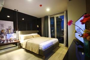 เช่าคอนโดคลองเตย กล้วยน้ำไท : ห้องสวย ราคาถูก **ราคาพิเศษ 8,500 บาท 🔥🔥🔥 ให้เช่าคอนโด เมโทรลักซ์ พระราม 4 (Metro Luxe Rama 4) ขนาด 22.80 ตรม. ตึก B ชั้น 7 ตกแต่งเกินราคาเช่า ติด ม.กรุงเทพฯ ใกล้ BTS เอกมัย