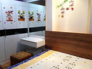For RentCondoRama9, Petchburi, RCA : Casa condo asoke dindang for rent 9th floors fully finished