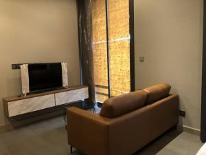 เช่าคอนโดพระราม 9 เพชรบุรีตัดใหม่ : คอนโดให้เช่า Esse @ Singha Complex ประเภท 1 ห้องนอน 1 ห้องน้ำ ขนาด 36 ตร.ม. ชั้น 22