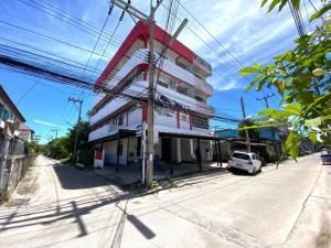 For SaleBusinesses for salePattaya, Bangsaen, Chonburi : Selling affordable dormitory.