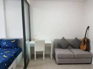 For RentCondoVipawadee, Don Mueang, Lak Si : 💕 Condo for rent Grene Songprapha-Don Mueang There is a washing machine Pool view, 5th floor room, size 25 sq m.