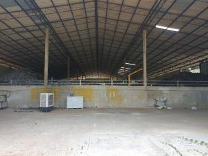 For SaleFactoryPattaya, Bangsaen, Chonburi : Factory for sale and rent Nong Kham, Sriracha, size 5 rai 1 ngan, area under the building 1800 sqm.