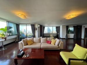 For RentCondoSukhumvit, Asoke, Thonglor : Condo for rent: The Habitate Sukhumvit 53 3 bedrooms 268 sqm.